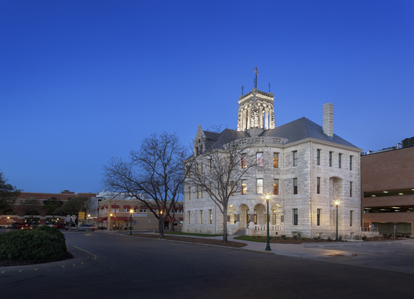 Comal County Courthouse night