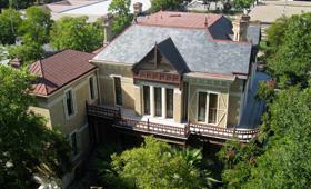 Hirshfeld-Moore House